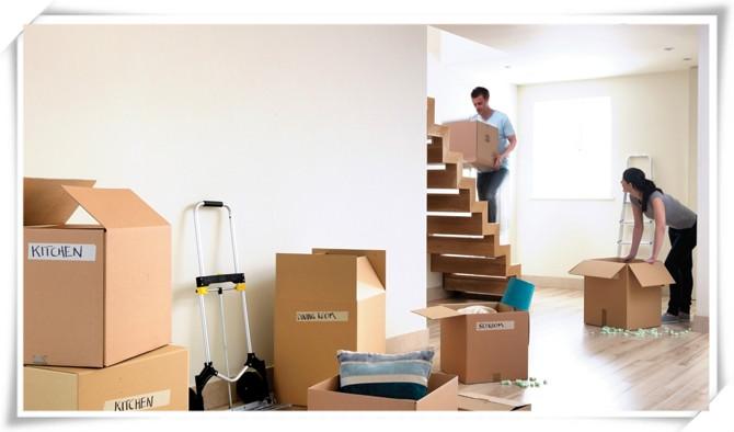 搬家后的客厅家具选择有讲究